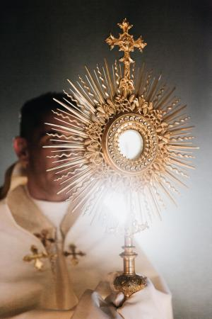 YOTE Monstrance